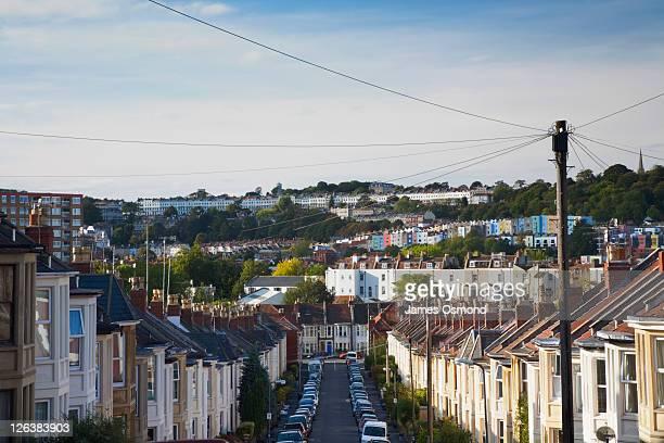 row of houses along street in southville, bristol, england, uk - 英国 ブリストル ストックフォトと画像