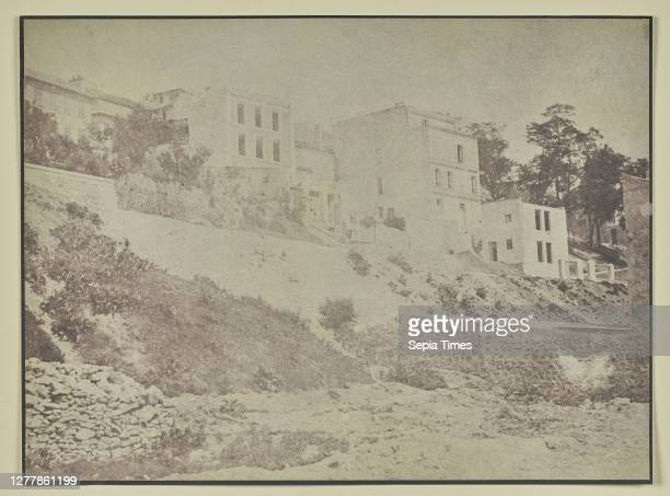 Row of houses on dirt hill; Hippolyte Bayard ; about 1840 - 1849; Salted paper print; 16.2 x 21.9 cm .
