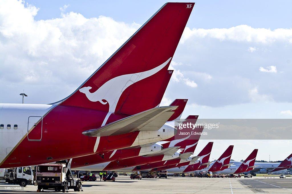 2 Qantas
