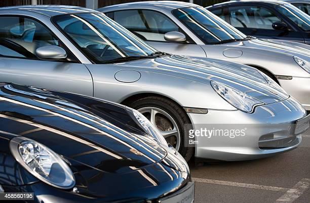 Reihe von Porsche 911 Sports Coupe Autos