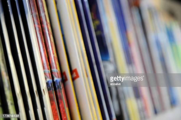 Stapel von Zeitschriften in-kiosk