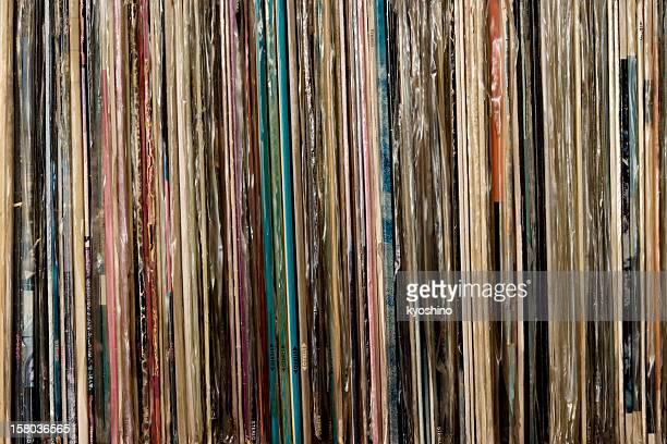 Fila de registros de vinilo