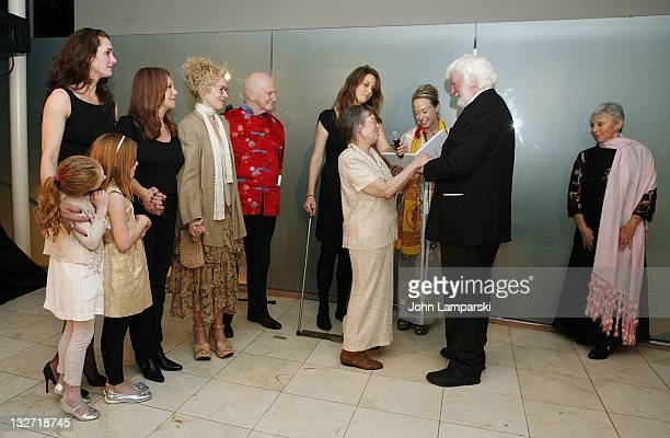 Rowan Francis Henchy Brooke Shields Greir Hammond Henchy Marlo Thomas and Amy Irving attend the 2011 Culture Project Producer's Weekend dinner as...