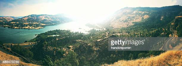 rowena crest curve road in oregon and panoramic view - hood river valley stock photos and pictures