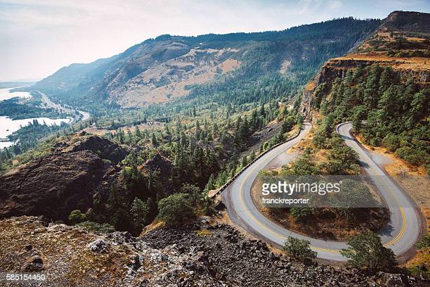 rowena crest curve road in oregon - pacific crest trail stock pictures, royalty-free photos & images