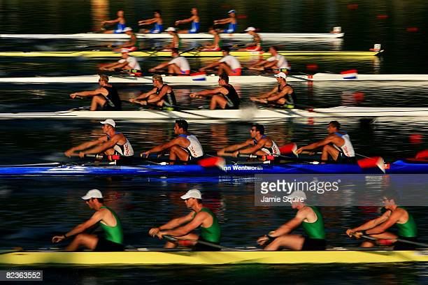 Rowers begin the Men's Fours at the Shunyi Olympic RowingCanoeing Park during Day 7 of the Beijing 2008 Olympic Games on August 15 2008 in Beijing...