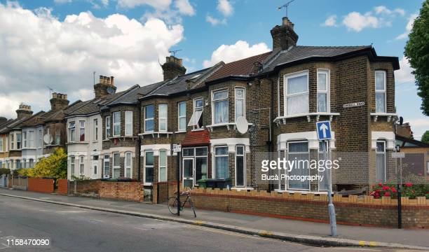 rowhouses in the district of stratford, in the east end of london, borough of newham. london, uk - district stock pictures, royalty-free photos & images