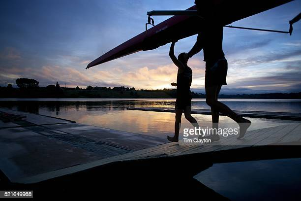 rowing, lake karapiro, waikato, north island. new zealand - cambridge new zealand stock pictures, royalty-free photos & images