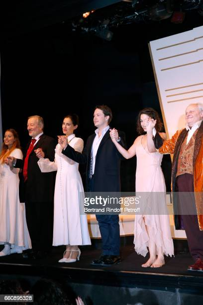 Roxane le Texier JeanJacques Moreau Odile Cohen Davy Sardou his wife Noemie Elbaz and JeanPaul Farre acknowledge the applause of the audience at the...