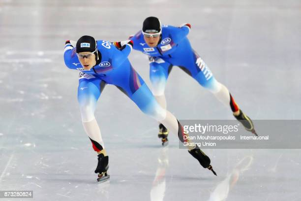 Roxanne Dufter and Claudia Pechstein both of Germany compete in the 3000m Womens race on day three during the ISU World Cup Speed Skating held at...
