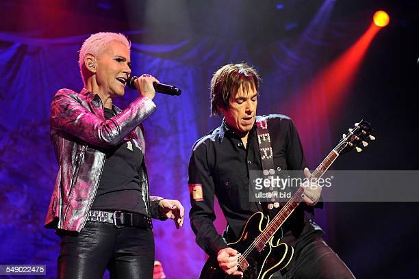Roxette das schwedische PopDuo bestehend aus Gitarrist Per Gessle und Sängerin Marie Fredriksson bei einem Konzert in Hamburg o2 World Arena
