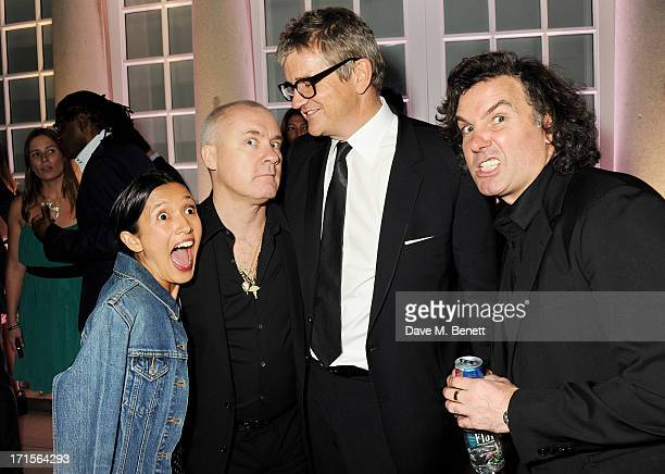 Roxie Nafousi Damien Hirst Jay Jopling and Ant Genn attend the annual Serpentine Gallery Summer Party cohosted by L'Wren Scott at The Serpentine...