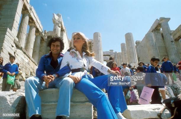 Roy Black Ehefrau Silke Vagts Flitterwochen Akropolis Athen Griechenland Europa Ausgrabungen Säulen Antike antik Frau ANB Promi Foto PBischoff Sc