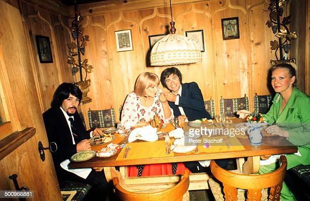 Roy Black Ehefrau Silke Vagts Trauzeuge Bruder Walter Höllerich Trauzeugin Ellen Rupp Restaurant Käfer/München Bayern Deutschland Europa Separee...