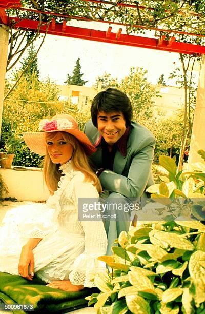 Roy Black mit Ehefrau Silke Vagts Flitterwochen Athen Griechenland Europa Urlaub Promi Foto PBischoff Sc