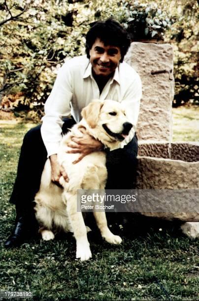 """Roy Black mit seinem Hund """"Inschallah of Roy Black-Family"""" , Pörtschach am Wörthersee, Kärnten, ; sterreich, Europa, Tier, Sänger, Promis,..."""