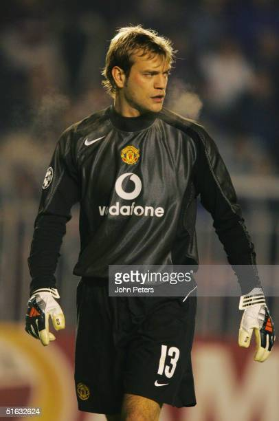 Roy Carroll of Manchester United in action during the UEFA Champions League match between Sparta Prague and Manchester United at Toyota Arena on...