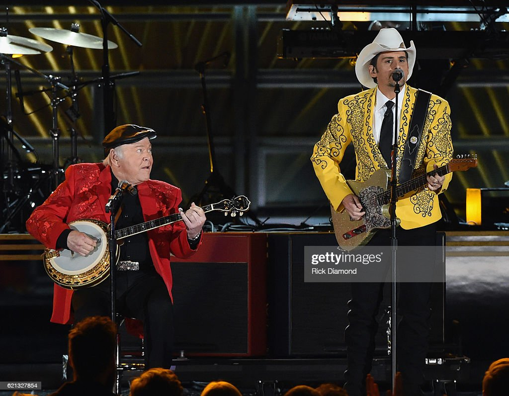 Roy Clark and Brad Paisley perform during the 50th annual CMA Awards at the Bridgestone Arena on November 2, 2016 in Nashville, Tennessee.
