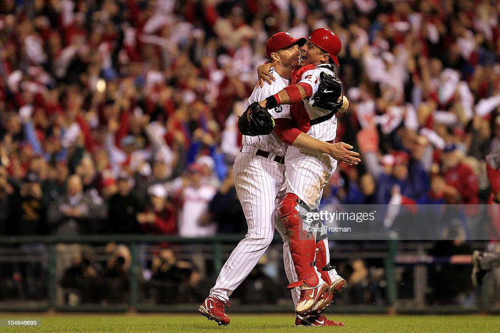 Cincinnati Reds v Philadelphia Phillies, Game 1 : ニュース写真