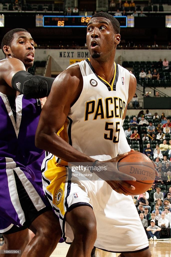 Sacramento Kings v Indiana Pacers