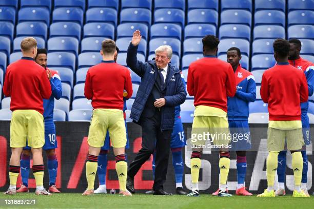 Roy Hodgson, Manager of Crystal Palace receives a guard of honour ahead of the Premier League match between Crystal Palace and Arsenal at Selhurst...