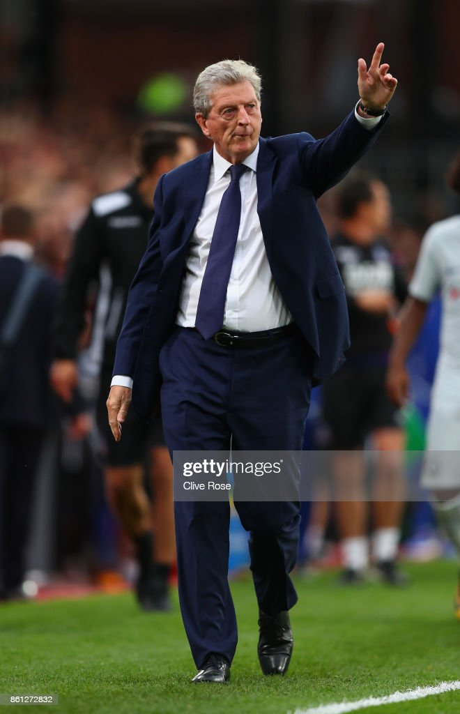 Roy Hodgson, Manager of Crystal Palace shows appreciation to the fans after the Premier League match between Crystal Palace and Chelsea at Selhurst Park on October 14, 2017 in London, England.