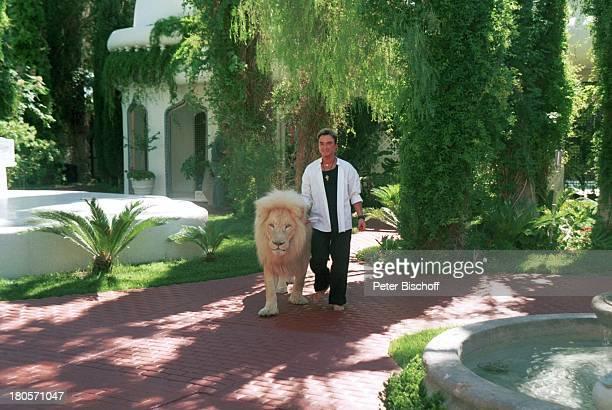 Roy Homestory Dschungel Palast Las Vegas/Nevada/USA Palmen Brunnen Garten Löwe weisser Löwe PNr383 Künstlername Roy Uwe Ludwig Horn Magier...