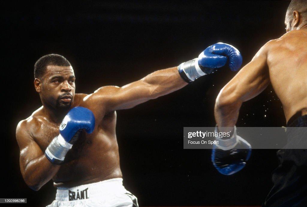 WBC Light Heavyweight Title Fight - Roy Jones Jr. v Montell Griffin : News Photo