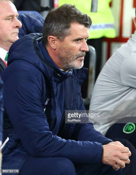 Roy Keane Assistant manager of Republic of Ireland during Ireland supporters celebrate the teams win at full time FIFA World Cup Qualifying European...