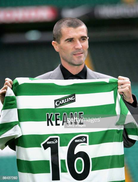 Roy Keane poses with his new shirt at a press conference to announce his signing for Glasgow Celtic on December 15, 2005 in Glasgow, Scotland.