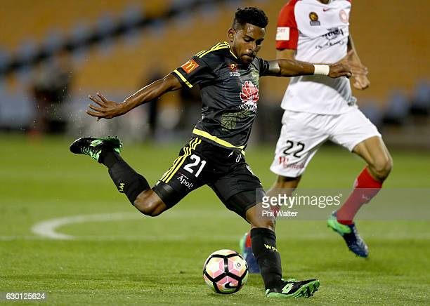 Roy Krishna of Wellington shoots at goal during the round 11 ALeague match between Wellington and Western Sydney Wanderers at Mt Smart Stadium on...