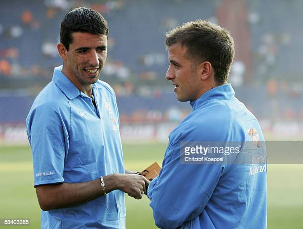 Roy Makaay of the Netherlands and Rafael van der Vaart speak before the international friendly match between Netherlands and Germany at the De Kuip...