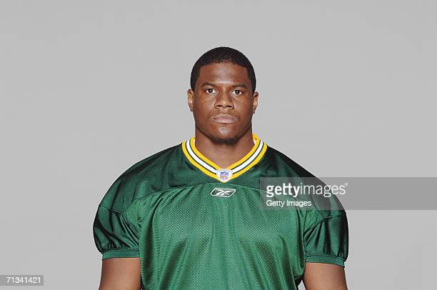 Roy Manning of the Green Bay Packers poses for his 2006 NFL headshot at photo day in Green Bay Wisconsin