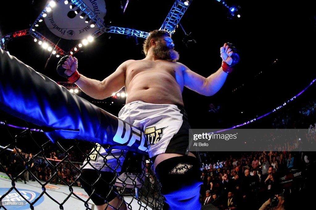 UFC 159: Nelson v Kongo : News Photo