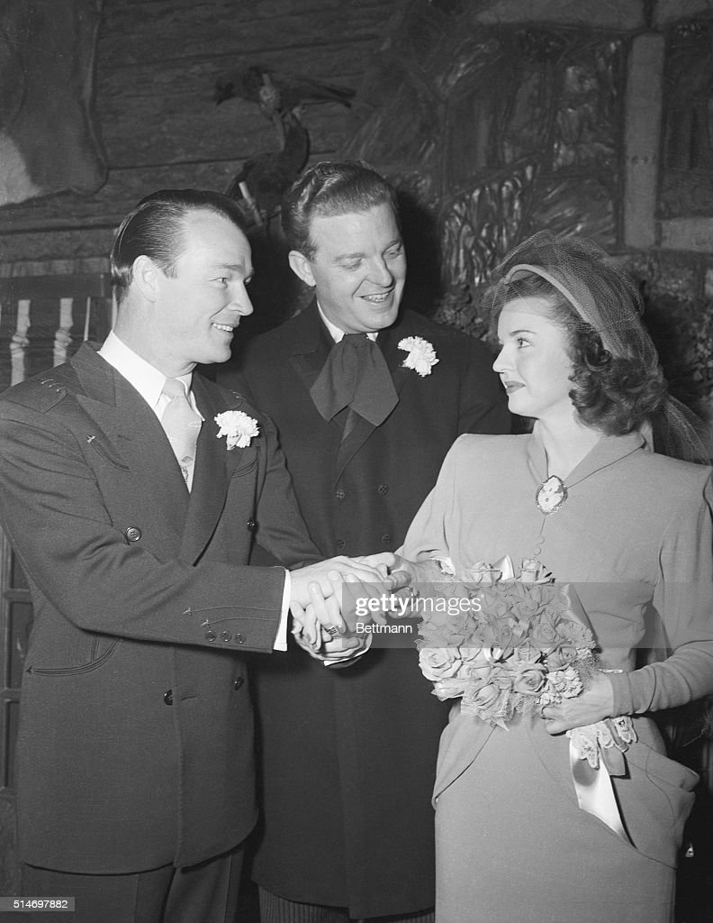 Roy Rogers And Dale Evans Wedding : News Photo
