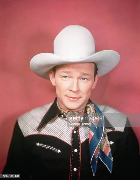 af7deaa5537 Roy Rogers wearing white cowboy hat and scarf C 1940 BPA2  5877