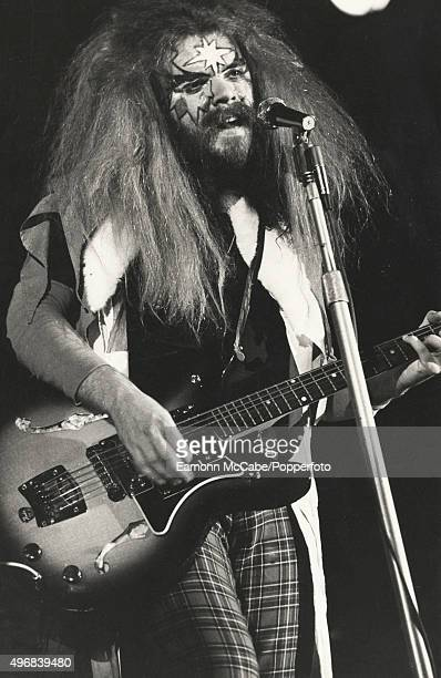 Roy Wood of Wizzard performs on stage United Kingdom circa 1973