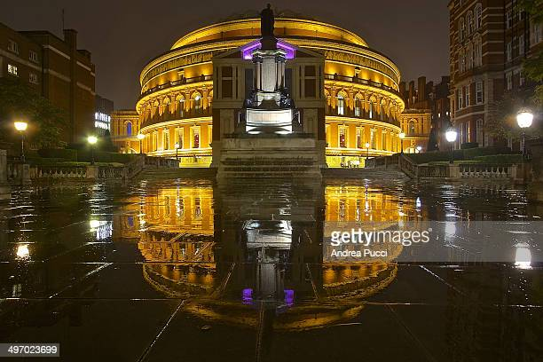 CONTENT] Royal Albert Hall is a concert hall on the northern edge of South Kensington London best known for holding the annual summer Proms concerts...