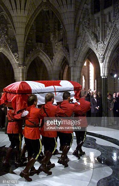 60 Top Canada Trudeau Casket Pictures, Photos and Images - Getty Images