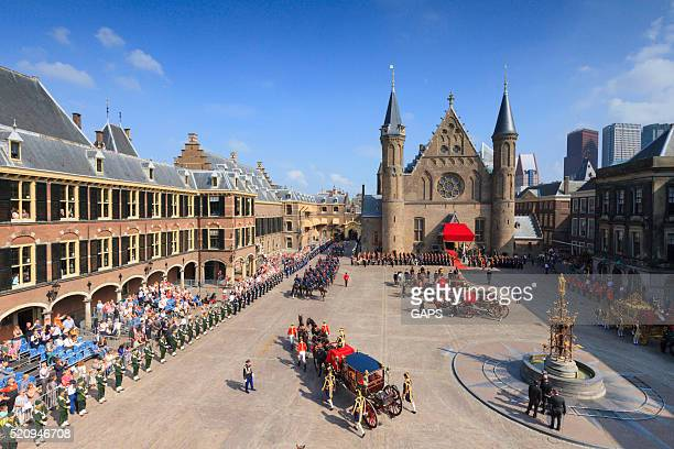 royal carriage arriving on binnenhof during prinsjesdag - binnenhof stock photos and pictures