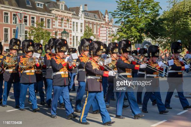 royal ceremony outside noordeinde palace on wednesday mornings when new ambassadors visit king willem-alexander and offer him their letter of credence - ambassador stock pictures, royalty-free photos & images