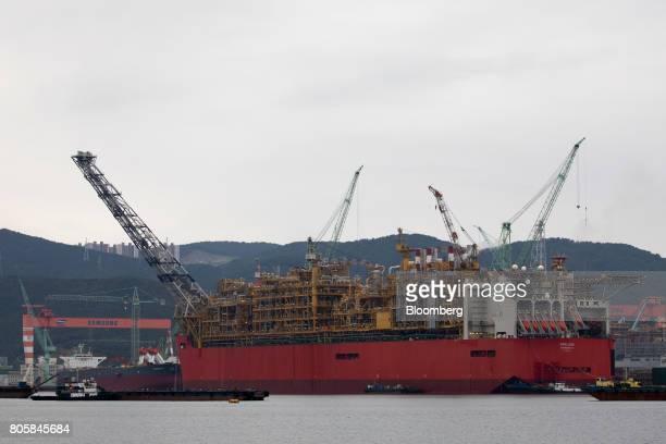 56 Views Of Daewoo Shipbuilding And Samsung Heavy Shipyards