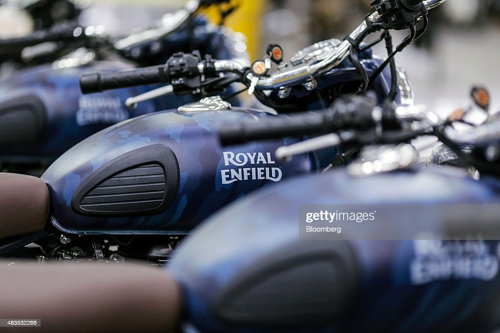 Royal Enfield Motors Ltd Classic 500 Squadron Blue Despatch limited edition motorcycles stand on the production line at the company`s manufacturing...