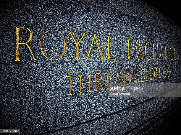 royal exchange plaque in london - memorial plaque stock pictures, royalty-free photos & images