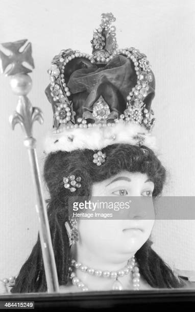 Royal funeral effigy of Queen Anne Westminster Abbey London 19451980 Photograph taken 19451980 of a detail of the wax funerary effigy of Queen Anne...