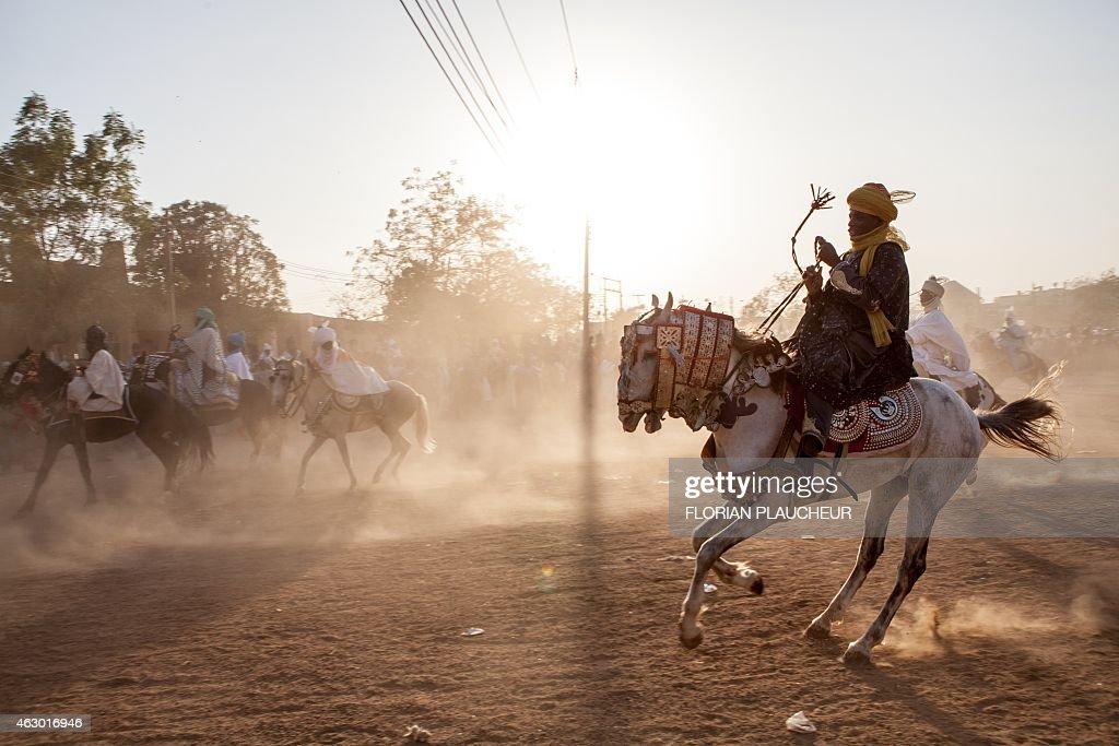 NIGERIA-DURBAR-CORONATION-EMIR : News Photo