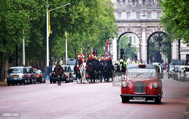 royal guards - the mall westminster stock photos and pictures