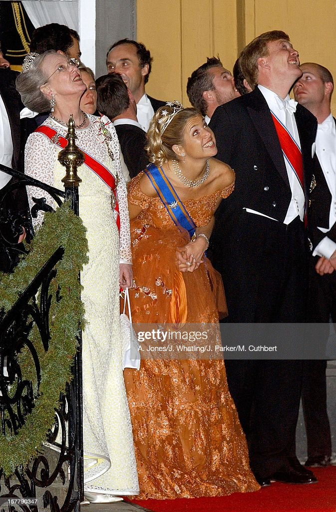 Royal Guests Watch The Fireworks At Stiftsgarden After Their Banquet Following The Wedding Of Princess Martha Louise Of Norway And Ari Behn. Queen Margrethe Ii Of Denmark And Crown Prince Willem Alexander And Princess Maxima Of Holland.