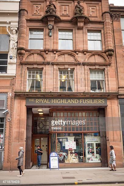 royal highland fusiliers sede central de glasgow - theasis fotografías e imágenes de stock