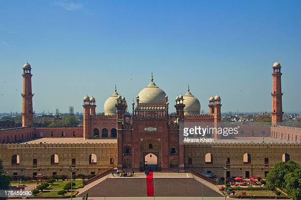 CONTENT] Royal Mosque in Lahore Pakistan the second largest mosque in Pakistan and South Asia and the fifth largest mosque in the world